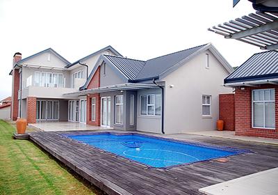 pool builders 4