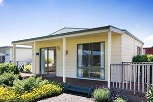 2 bedroom granny flat cottage