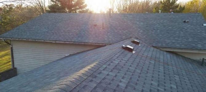 Roofing Contractors Southern Suburbs Cape Town / Replacement & Repairs